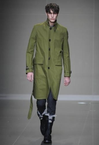 Burberry Prorsum, Otoño-Invierno 2010/2011 en la Semana de la Moda de Milán, trench