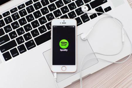 """Apple responde: """"Spotify busca un trato preferente"""""""
