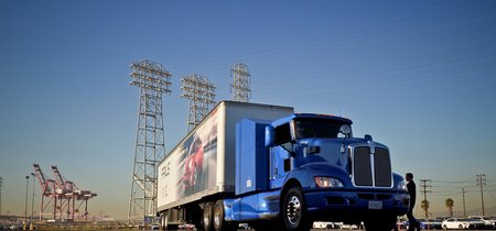 El tráiler cero emisiones de Toyota ya realiza rutas entre Los Ángeles y Long Beach