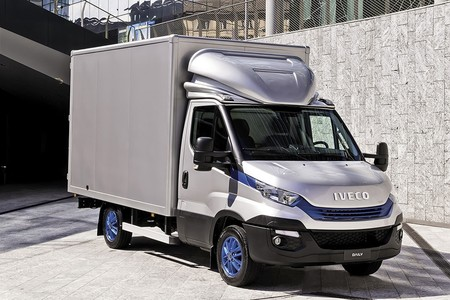 Iveco Daily 2018 001