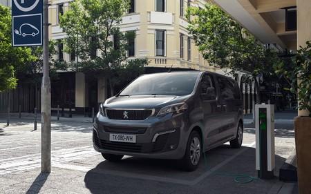 Peugeote Traveller 3