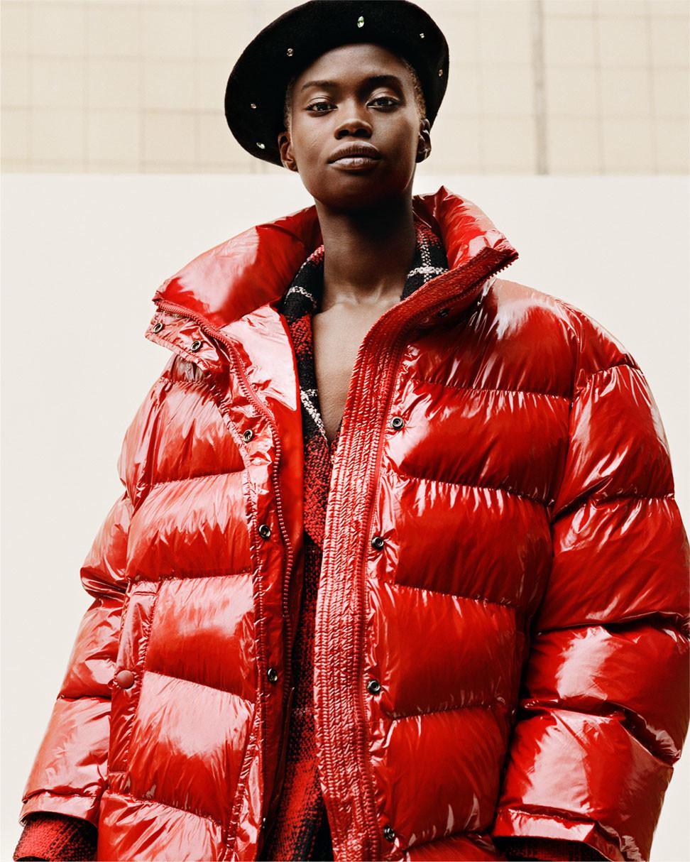 "Foto de Zara ""Puffer Coats"" (10/10)"