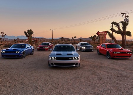 La producción del Dodge Charger y Challenger se detendrá durante dos semanas por baja demanda
