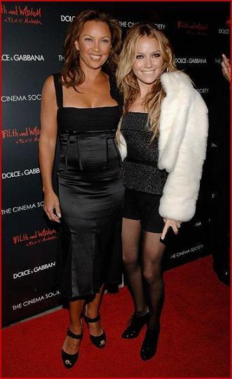 vanessa-williams-and-becki-newton-attend-a-screening-of2.jpg