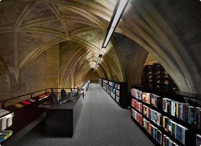 Selexyz Dominicanen: una librería instalada en una iglesia