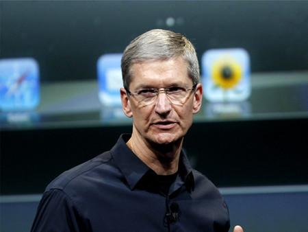 Tim Cook no piensa en un iPhone con una mayor diagonal, pero sí llegarán novedosos productos en lo que resta del año