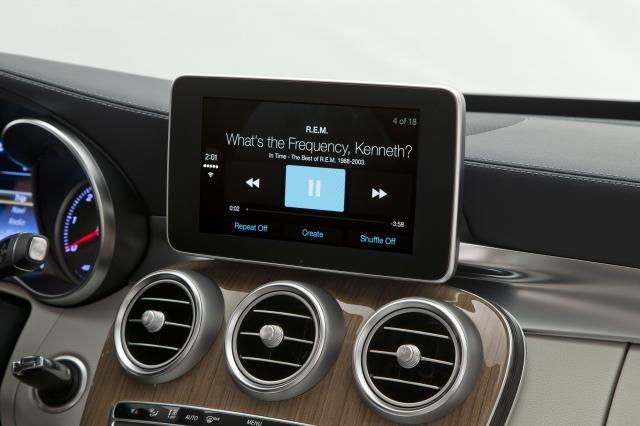 Foto de CarPlay Mercedes Benz Clase C (1/26)