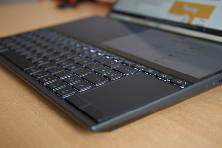 Asus Zenbook Duo Review Xataka Touchpad Detalle