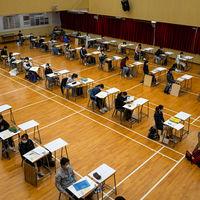 """Invasión de privacidad, """"vigilancia"""" y desfase tecnológico: el recelo hacia los exámenes online"""