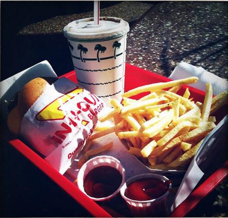 En Chile se demanda a restaurantes de comida rápida por incluir juguetes junto al menú