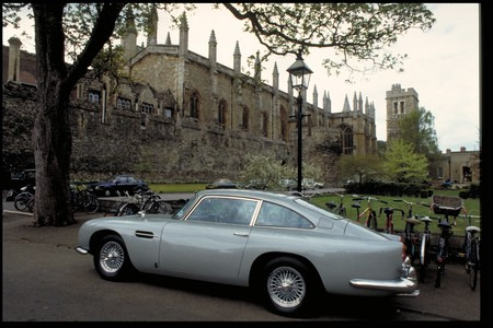 Aston Martin Db5 Goldfinger 2