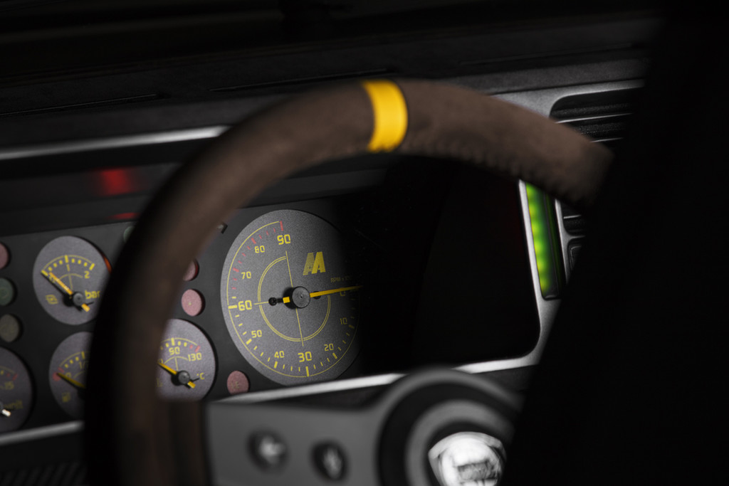 Lancia Delta Futurista detalle volante