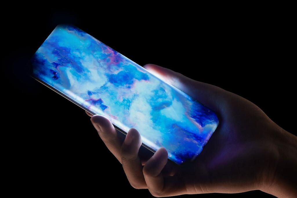 Pantalla por los cuatro costados y sin puertos: así es el nuevo móvil conceptual de Xiaomi que recuerda al Mix Alpha