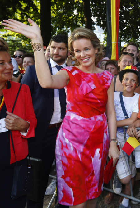 rojo Reina Matilda Bélgica