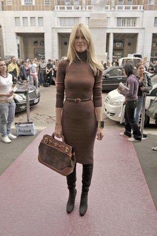 Claudia Schiffer Semana de la Moda de Milán