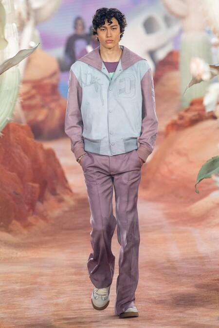 Dior Men Summer 2022 Runway Looks 18