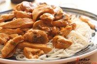 Noodles y pollo al pimentón. Receta