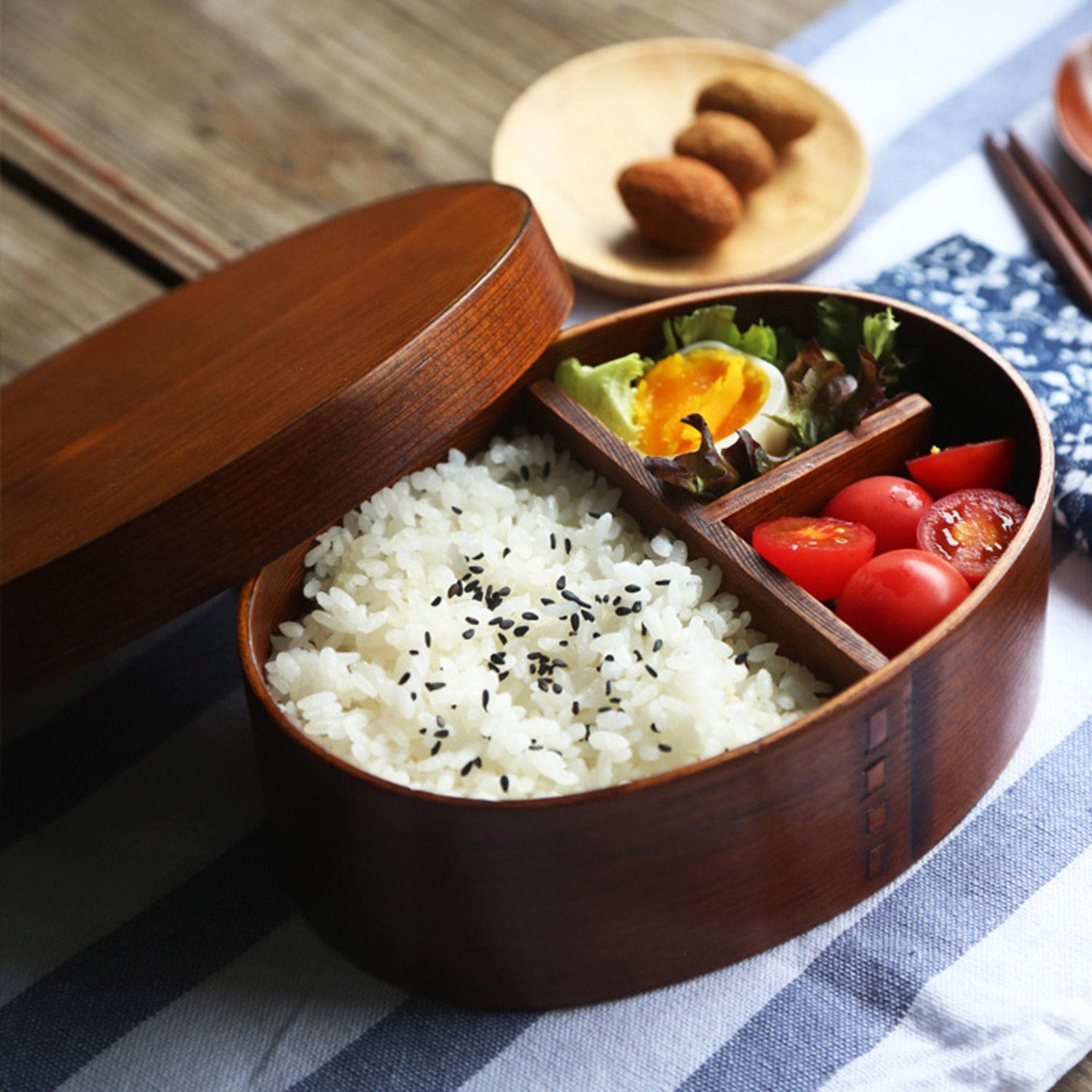 Caja bento japonesa de madera tradicional