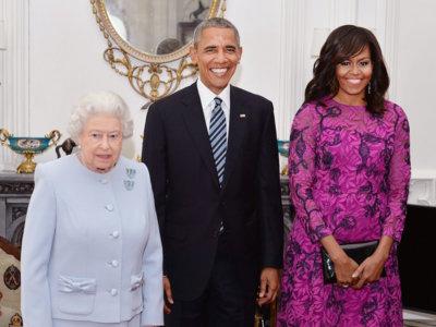 Michelle Obama se decanta por un vestido de Oscar de la Renta para visitar a la Reina Isabel II, ¿se agotará?