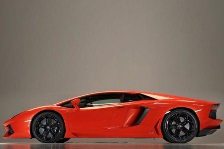 Nueva imagen y más detalles del Lamborghini LP700-4 Aventador