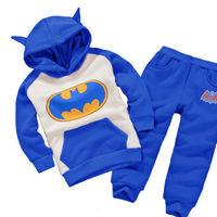 Chándal con capucha de Batman por sólo 6,30 euros y los gastos de envío gratuitos en Aliexpress