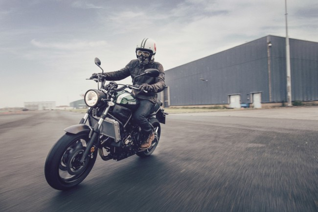 Yamaha Xsr700 Accion 09