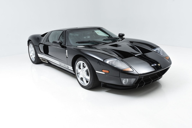 El primer prototipo del Ford GT (2003) puede ser tuyo, aunque no te va a servir de mucho