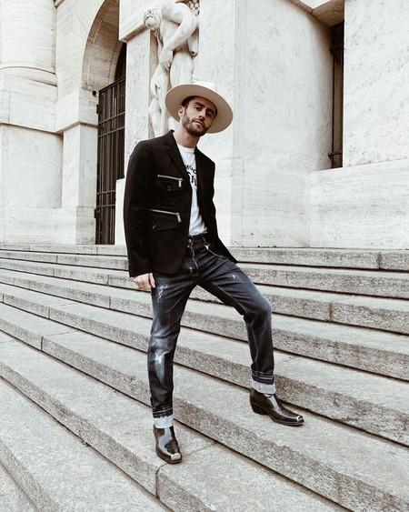 Pelayo Diaz Le Suma Un Toque Boho A La Fashion Week Con Un Accesorio Infalible El Sombrero De Ala Ancha 05