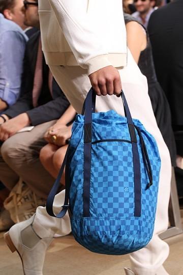 Foto de Louis Vuitton y su colección de bolsos, Primavera-Verano 2011 (2/9)