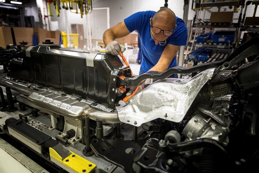 Volvo recurre al blockchain para asegurarse de que sus baterías lleven cobalto extraído 'sin sangre'