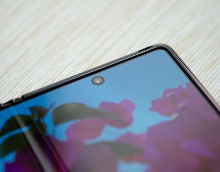 Samsung Galaxy Z Fold 2 Agujero