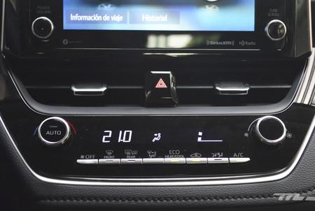 Toyota Corolla Hybrid 2020 20