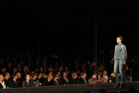 Diesel Otoño-Invierno 2010/2011 Fashion Show en el Bread and Butter en Berlín, jeans