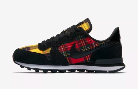 Nike Internationalist Tartan