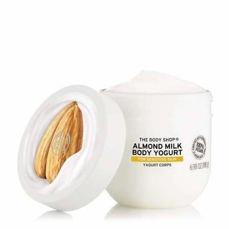 Body Yogurt De Leche De Almendras De The Body Shop