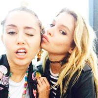 ¡Pillada al canto! Miley Cyrus se come a besos a su novia