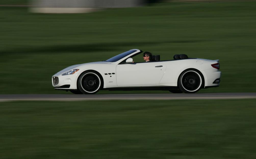 Foto de Maserati Gran Cabrio por Novited Tridente (5/8)