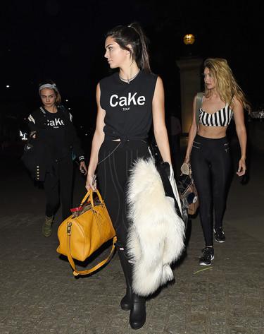 CaKe, la marca de ropa de Ca-ra Delevigne y Ke-ndall Jenner inspirada en el acrónimo de sus nombres