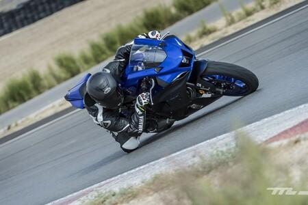 Yamaha R7 2022 Prueba 001 17