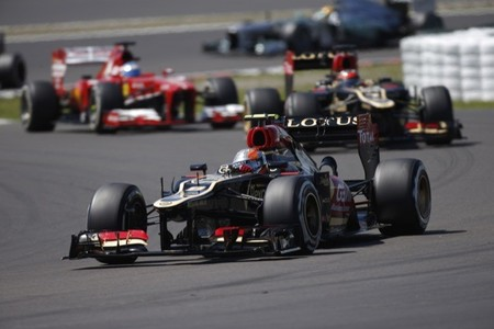 Grosjean, Raikkonen y Alonso