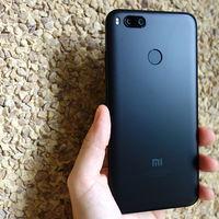 Primeros rumores del Xiaomi Mi 6X: pantalla 18:9, doble cámara en vertical y lector de huellas trasero