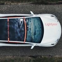 Lightyear está probando su techo solar para coches eléctricos... ¡en un Tesla Model 3!