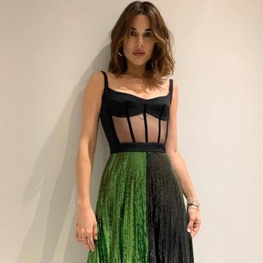 A Adriana Ugarte todo le queda bien, pero con esta falda plisada de lentejuelas que ha llevado a 'El Hormiguero' está espectacular