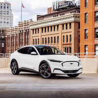 Confirmado: el Ford Mustang Mach-E es el primer SUV eléctrico que supera los 480 km de autonomía (EPA), con permiso de Tesla