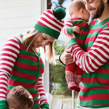 Pijamas a juego para toda la familia: conjuntados en Navidad y el resto del año