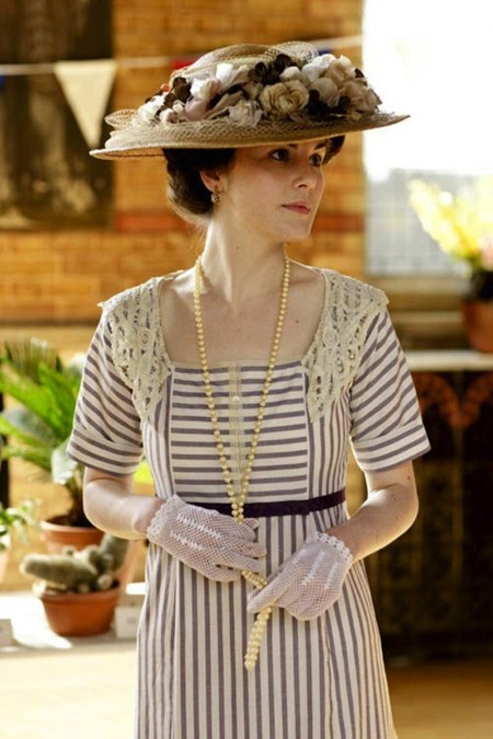 Downton Abbey vestido rayas