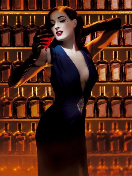 La cintura imposible de Dita Von Teese: ríete tú de Escarlata O'Hara