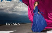 En la carretera con Nadja Bender en la campaña Primavera-Verano 2015 de Escada