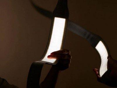 Las lámparas OLED flexibles un paso más cerca de llegar a casa con este modelo de OLEDWorks