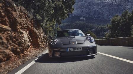 Porsche 911 Gt3 Touring 2021 016